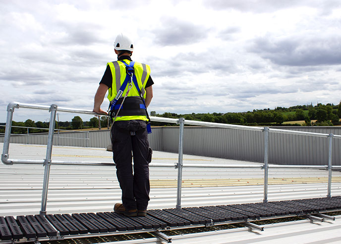 Roof Top Walkway with Guardrail • Kee Safety, UK